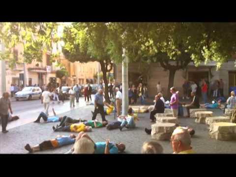 Flash Mob - Cisterna di LT Sabato 04 Giugno - Comitato referendum Cisterna di Latina