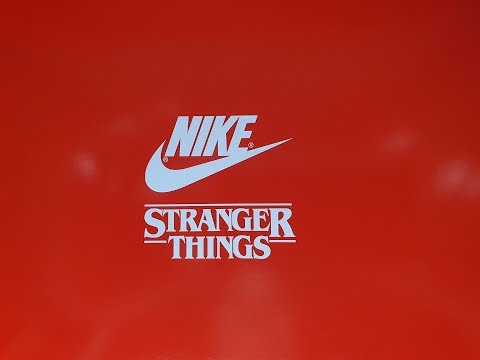 unboxing-nike-x-stranger-things-classic-cortez-qs-og-pack-ck1907-600