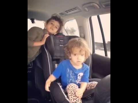 Hijos De Nacho Cantando Y Bailando - SORRY