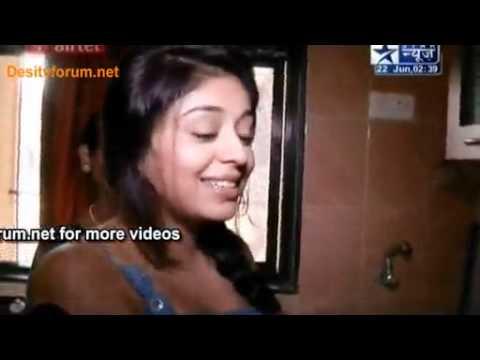 Desitvforum Watch Online Movies Tv Serials Bollywood Videos Nivi Ne Banaye  Pakode