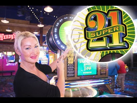 Super 21, Great Canadian Midway, Clifton Hill, Niagara Falls