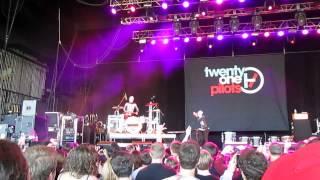 Twenty One Pilots - Ode to Sleep (Radio 104.5 6th Birthday Show)