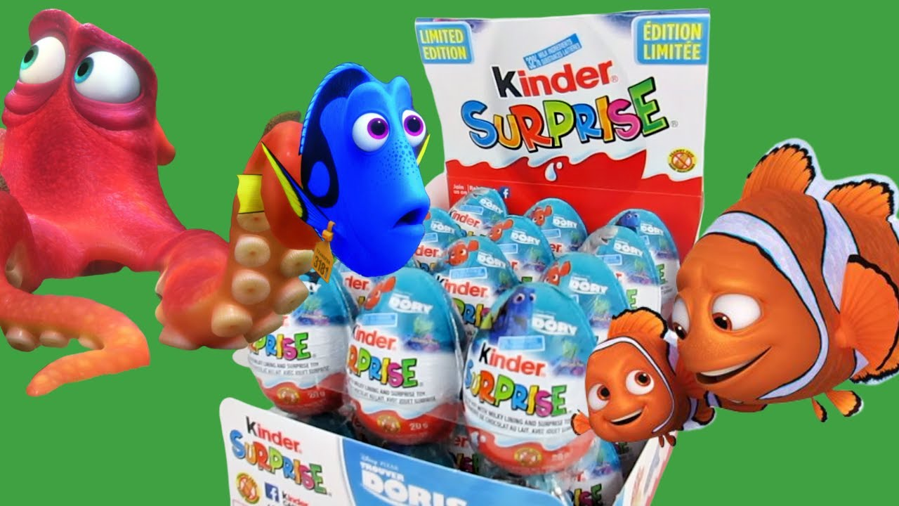 Finding Dory Double tray of Kinder Choco Eggs... not amused funny expressions. Check it out!