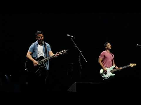 BOYCE AVENUE covers Coldplay's YELLOW