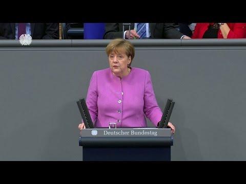 Regierungserklärung: Merkel verurteilt Nazi-Vergleiche türkischer Politiker