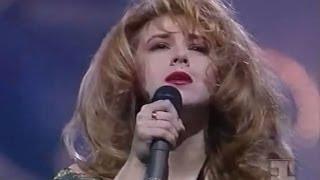 """Алёна Апина, Песня года - """"Все так не просто"""" (1993)"""