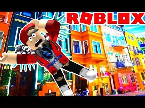 ROBLOX | Nhà Sập Làm Vamy Té Sấp Mặt Luôn | Vamy Trần | Epic Minigames