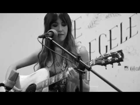 "Kate Voegele ""Wish You Were"" - Pandora Whiteboard Sessions"