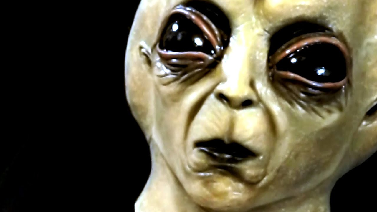 roswell grey alien area 51 visitor latex halloween mask youtube - Alien Halloween Masks