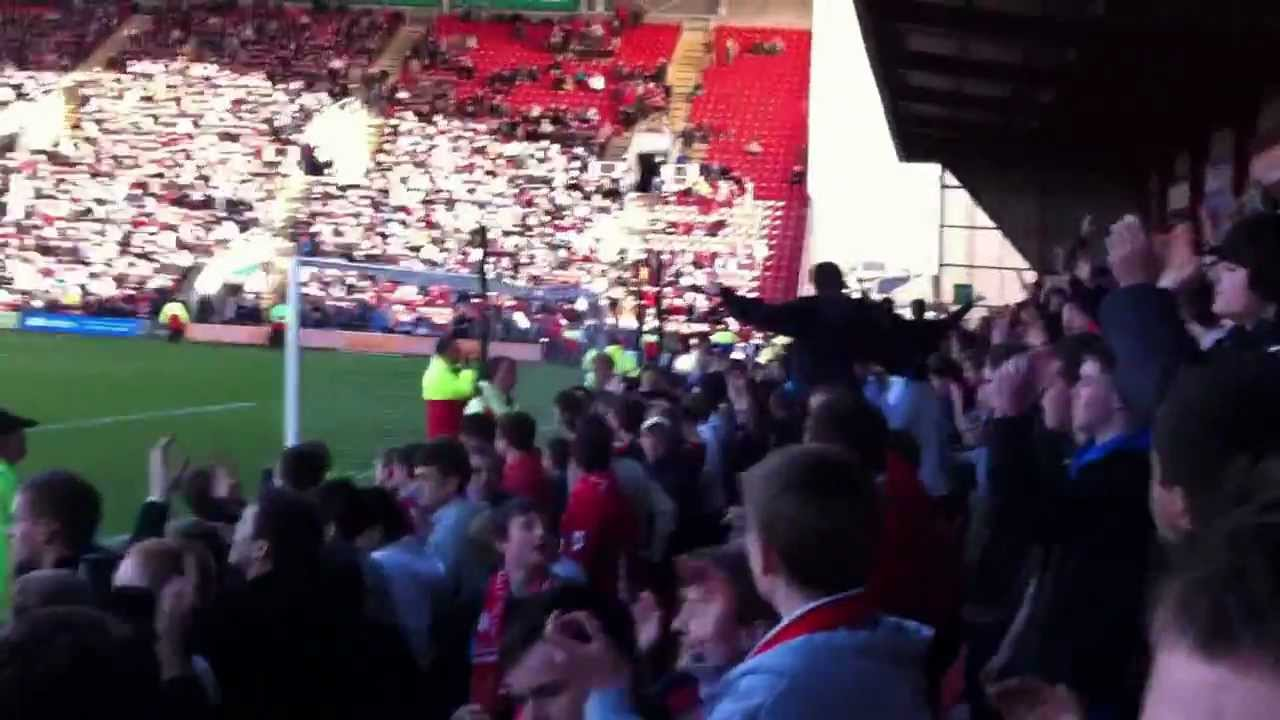 Oldham fans singing at a pub in Crewe - YouTube