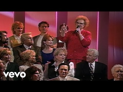 Bill & Gloria Gaither - The Eastern Gate [Live] ft. Lily Weatherford