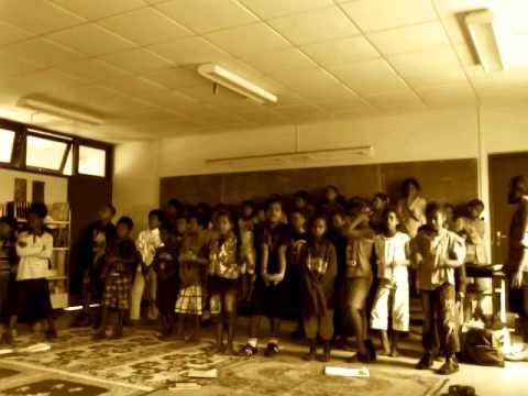 Tha Olé (CM2B Ouvéa école St Joseph 2010)