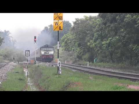 550! 12432 H.Nizamuddin-Trivandrum Central Rajdhani express at Bijoor railway station!