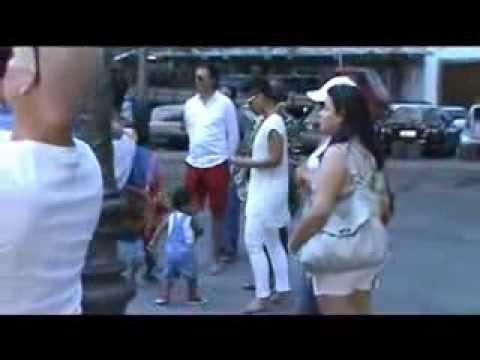 Alicia Keys in Rio presentation of capoeira