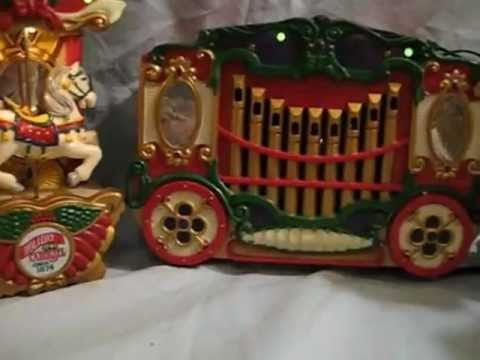 Mr Christmas Musical Carousel