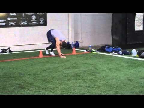 "DeFrancosGym.com: Chris ""White Lightning"" Hogan runs a 4.39 40-yard dash!!"