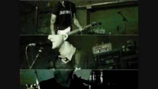 The American Scream-Alkaline trio (lyrics)