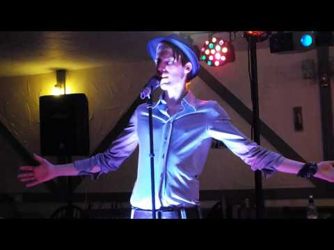 Lee Holland - Flying Without Wings Cover Pub Gig