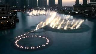 The Dubai Fountain am Burj Khalifa I will always love you Whitney Houston
