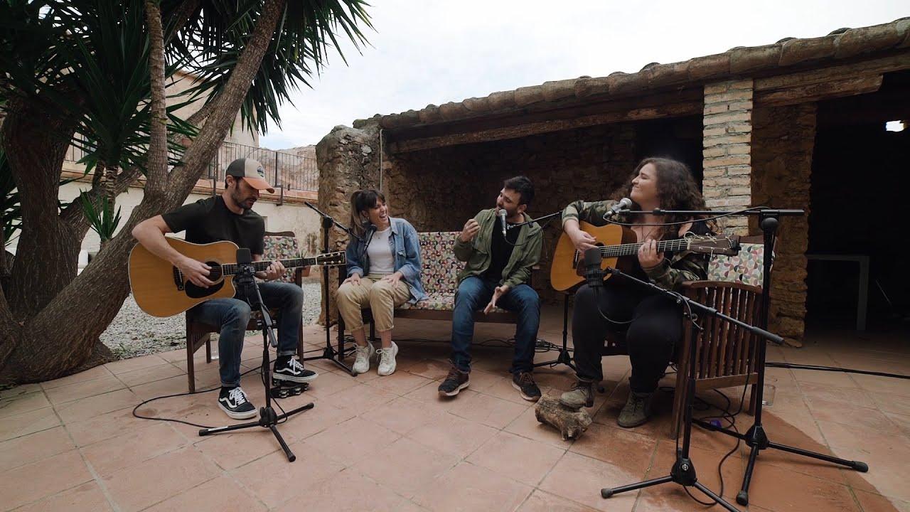 Ciudad Jara - Siglos de Golpes (Versión Acústica) feat. TéCanela y Road Ramos.