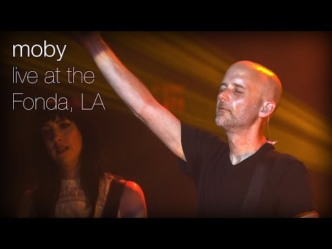 Moby - Raining Again (Live from The Fonda, L.A.)
