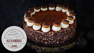 Einfache Nutella-Tiramisu Torte / mega fluffiger Biskuit-Boden