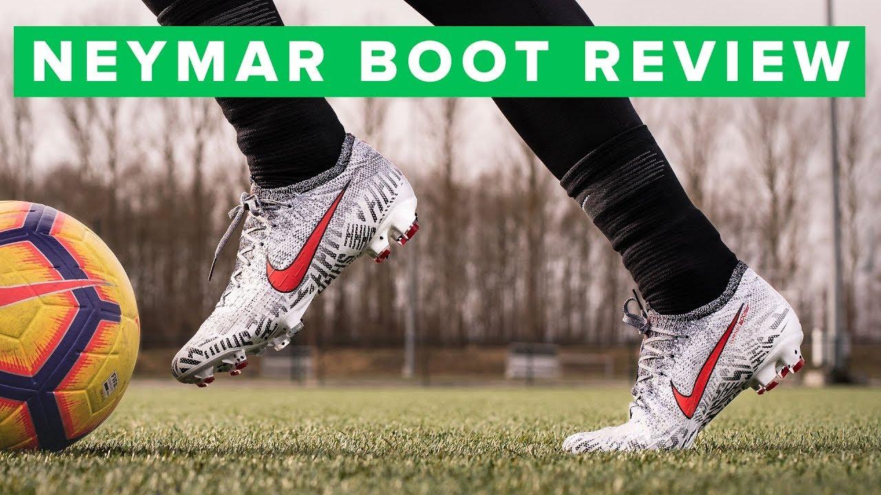 62fb54394dd 2019 Neymar football boots