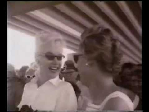 John Huston, Arthur Miller talk about Marilyn Monroe  . RARE footage  MM at Airport..flv