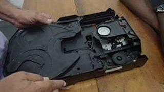 Ponto mecânico de Som Philips com Carrossel de 3 CD's!