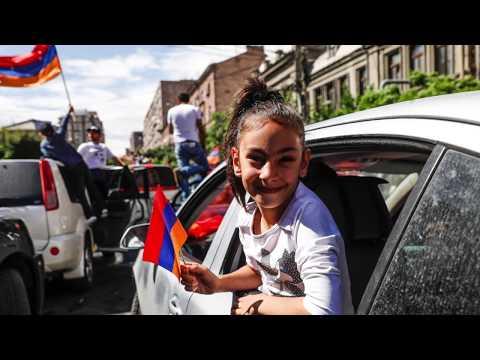 En Arménie, la révolution sans les armes - Profession reporter