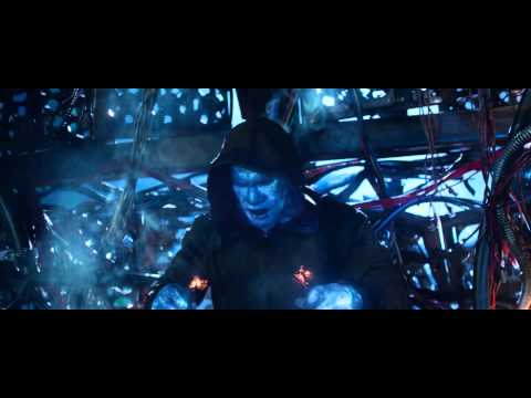 The Amazing Spiderman 2 - Electro Prend L'Eau (Scène Culte)