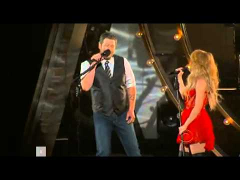 Shakira - Medicine (Live at the Country Music Awards with Blake Shelton)