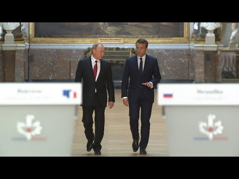 Reporters - Divide and influence: Russia and the EU elections
