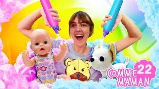 Vidéo en français pour enfants. Show Comme maman № 22. Bébé born Emily dans la piscine