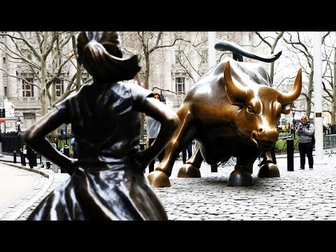 """Artist Offended By """"Fearless Girl"""""""