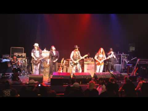 Rollin with the Flow- Dallas Moore Band