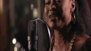 Oumou Sangare - Sounsoumba acoustic version