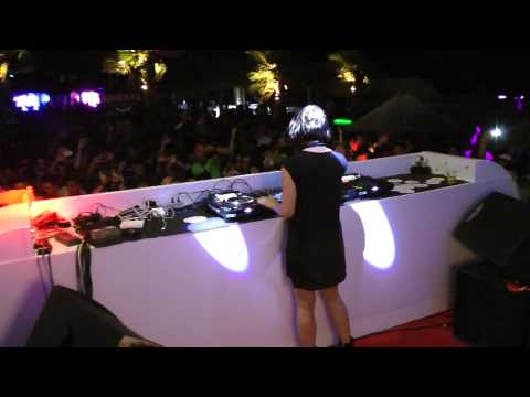 NINA KRAVIZ @ BARRAKUD Party Trip PAG island 10.08.2013 video3