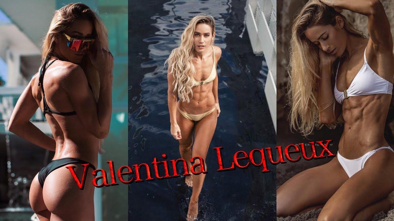 naked (11 photo), Tits Celebrity fotos