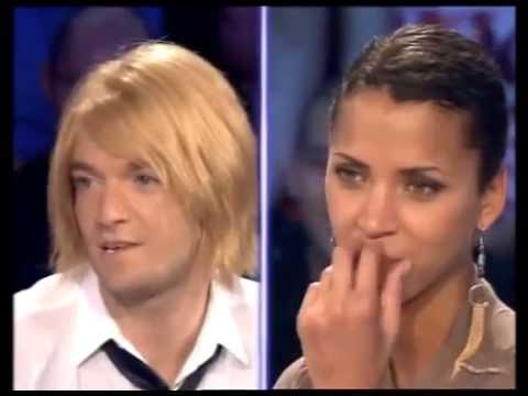 Jonathan Lambert et Noémie Lenoir  On n'est pas couché 9 juin 2007 ONPC