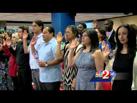 45 people become U.S. citizens at Orlando naturalization ceremony