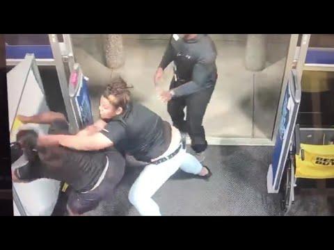 Manny's - Not On My Watch! Best Buy Employee Wont Let Shoplifter Get Away