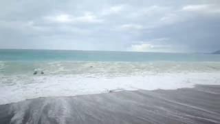 05.06.2013 Мощный шторм в Абхазии, Гагра,  унес жизни трех туристов, попытка спасти одного из них.