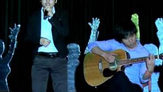 """FU Talent Show 2012: Hát """"Cỏ Và Mưa"""" - Mai Trung Hiếu (Đại Học FPT)"""