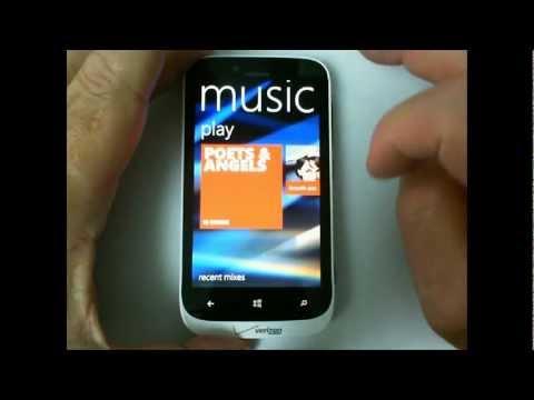Windows Phone 8: Browsing Music on Your Phone