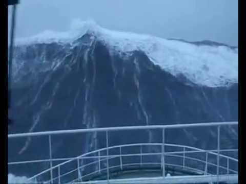 Scottish ship pilot laughs in the face of giant North Sea waves