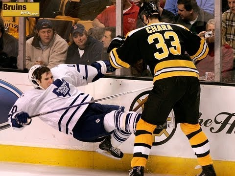 Zdeno Chara can't be  touched [HD] best Bodycheck, fights, hits,...