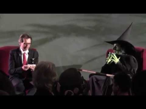 Batton Lash interviews the Wicked Witch of the West at Winkie Con 50 (Oz Con International)