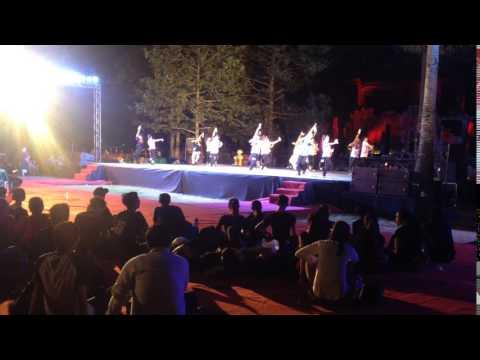 Asean China perform at Bayon temple