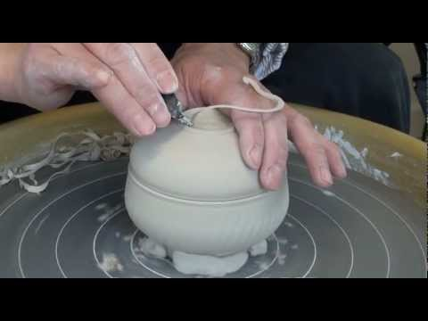98.Throwing / Making Covered / Lidded Jars / Boxes with Hsin-Chuen Lin